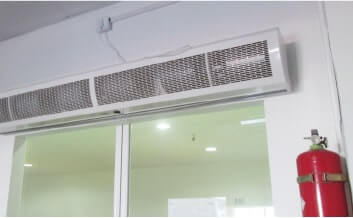 エアーカーテンによる防虫、防塵と消火器